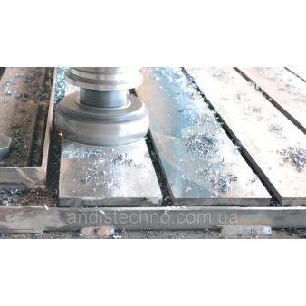 Великогабаритні фрезерні роботи на верстатах з ЧПК